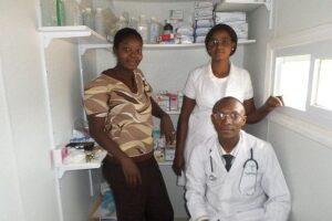 Dr Adrien & nurses_sml